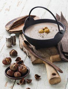 Soupe de châtaignesRetrouvez la recette de la soupe de châtaignes.Conseil…