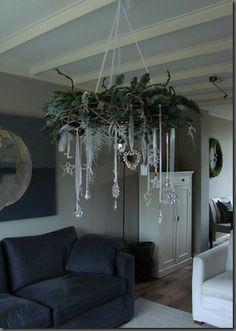 Mooie groendecoratie voor aan het plafond.