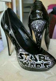 As tacky as it seems, I would legitimately wear these Cute Shoes, Me Too Shoes, Awesome Shoes, Geek Fashion, Fashion Shoes, Star Wars Shoes, Starwars, Star Wars Wedding, Star Wars Outfits
