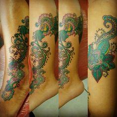 Tattoo mandala colorida #tattoomandala #mandalacollor #lipwadocha