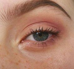 Eye Makeup Tips.Smokey Eye Makeup Tips - For a Catchy and Impressive Look Makeup Goals, Makeup Inspo, Makeup Inspiration, Makeup Tips, Makeup Ideas, Makeup Geek, Makeup Hacks, Hipster Makeup, Basic Makeup