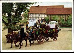 Ansichtskarte / Postkarte Trachten Hessen, Beschmückter Schwälmer Brautwagen #Schwalm