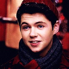 damian mcginty height