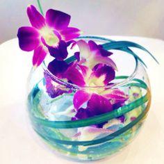Fuschia Orchid Centrepiece © Marie-Claude Cuerrier 2013 #Flowers #Weddings