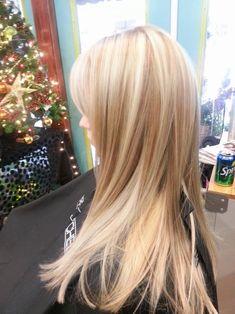 Platinum Blonde+Cool Lowlights Leah Anderson Hair Stylist