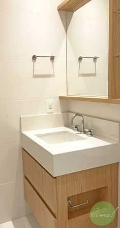 Small Bathroom Design Ideas Super bathroom remodel small tile cabinets 17 Ideas The fashio Bathroom Spa, Bathroom Storage, Bathroom Interior, Bathroom Fixtures, Small Tiles, Bathroom Design Small, Amazing Bathrooms, Layout, Decoration