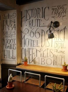Restaurant / love the chalk #Office Design #Working Design #Working Decor| http://officedesignraina.blogspot.com