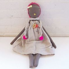 Collaboration work with Jess Brown, limited edition rag doll is wearing gauze dress with pompom scarf, kiss necklace & glitter sequin headband. Each doll is made of cotton muslin or linen, and primari
