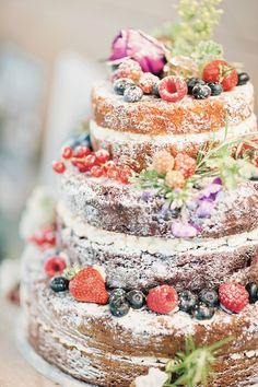 Cake by www.frenchmade.co.uk Photo: Kathryn Hopkins  #rustic #chic #natural…