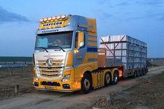 Rc Trucks, Big Rig Trucks, Cool Trucks, Peterbilt, Holland Trucking, Mercedes Benz Commercial, Semi Trailer Truck, Benne, Mercedes Benz Trucks