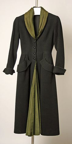 1947 Dior's 'New Look' coat ''Mystère'' in black wool crépe