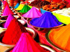 Holi Special: Make Colours at Home This Holi!