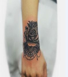 Classical look Bracelet tattoo with flower