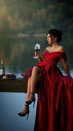 Maid Cosplay, High Fashion Photography, Foto Art, Fashion Poses, Beautiful Lingerie, Red Fashion, Looks Style, Elegant Woman, Gorgeous Women