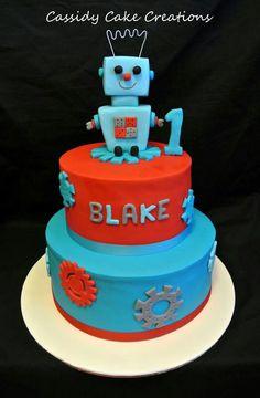 A robot themed birthday cake