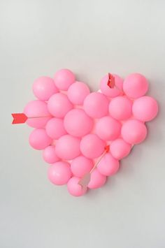 Valentine's Day Carnival: DIY Ballon Pop Here's a part of our Valentine's Day Carnival: Hear Valentine Bingo, Valentines Balloons, Valentines Games, Valentine Crafts For Kids, Valentines Day Party, Valentine Day Gifts, Valentine Ideas, Valentine Nails, Holiday Crafts