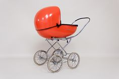 1960s - 'Comforts 2000' vintage space age pram/buggy.