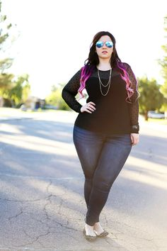 plus size jeans and a tshirt casual ootd crystal coons sometimes glam