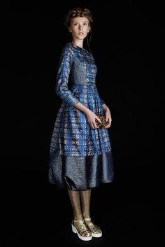 http://fashionpromoter.pl/wp-content/uploads/2015/07/koty2_waleria-22.jpg