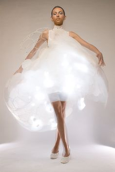 Futuristic Fashion - innovative mood-responsive dress with biometric sensors; sculptural fashion // Philips