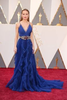 Los looks que nos enamoraron en la alfombra roja de los premios Oscar 2016. Brie Larson - Gucci #MapleMag #ForYoungHearts #The Oscars
