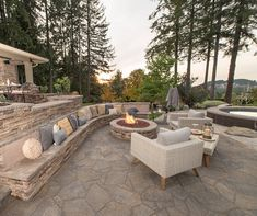 Gather round the Firepit!