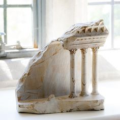 Miniature Medieval Interiors Carved into Raw Marble Blocks by Mathew Simmonds…