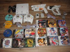 Sega Dreamcast Lot #retrogaming #HotDC  Console controllers accessories and 17 games: Soul Calibur Grandia 2 Skiers of Arcadia Sonic Adventure 1 and 2 Seaman RE Code Veronica etc. Auction from the US.