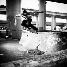 #skate #skater #sk8 #skateboard #skateboarding #extreme #blackandwhite #ingravidos II