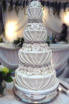 30 ultimate wedding cakes to steal the show cake boss wedding cake boss wedding cakes wedding cakes junglespirit Choice Image
