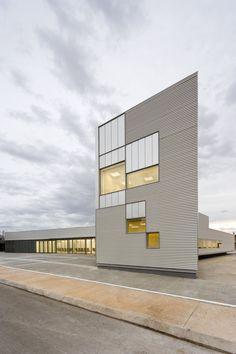 Arquitecturia | Josep Camps & Olga Felip, Pedro Pegenaute · Health Center, L