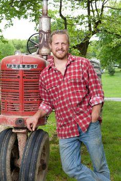 Tim king of the farm kings Very handsome yum Country Farm, Country Boys, Country Life, Country Living, Foto Website, Farm Kings, Red Farmhouse, King Photo, Farm Boys