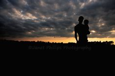 A Farm Wifes Life: Sunsets and Siloutes