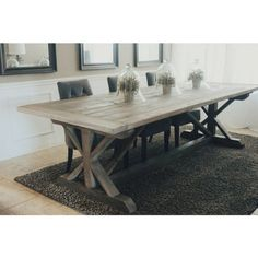 Awesome 80 Gorgeous Farmhouse Dining Room Table to Fuel Your Remodel https://cooarchitecture.com/2017/07/20/80-gorgeous-farmhouse-dining-room-table-fuel-remodel/