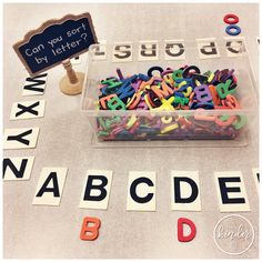 Teaching Sorting in FDK Hi guys! Today I wanted to share with you my favourite lessons and resources for teaching sorting in Kindergarten! Kindergarten Centers, Kindergarten Lessons, Preschool Classroom, Preschool Learning, Kindergarten Activities, Learning Letters, Literacy Centers, Writing Centers, Literacy Stations