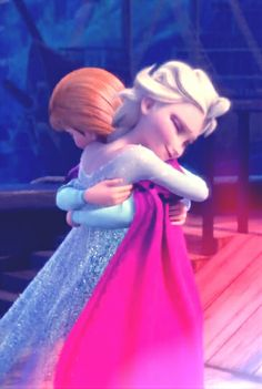 Disney #Frozen Sisters Anna and Elsa. *HUG* <3
