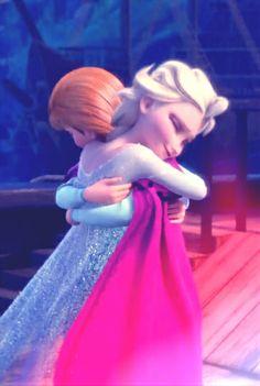 Disney #Frozen Sisters Anna and Elsa. *HUG* <3
