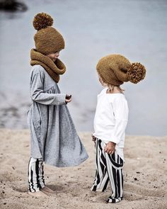 Stunning embroidered knitwear for the little ones - The most beautiful children's fashion products Little Girl Fashion, Kids Fashion, Beach Fashion, Toddler Fashion, Autumn Fashion, Toddler Outfits, Girl Outfits, Fashion Outfits, Knitted Hats Kids