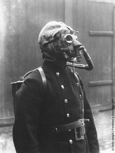 dgorman88:    A fireman from the London Fire Brigade, wearing a smoke helmet. (Photo by Topical Press Agency/Getty Images). Circa 1908.