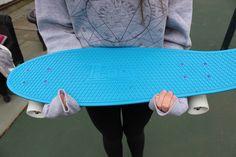 blue penny board. ♡