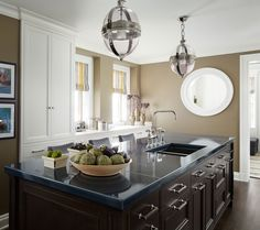 30 Kitchens with Large Center Islands