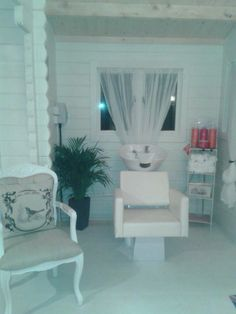 Hair Salon/ Log Cabin, Shabby Chic