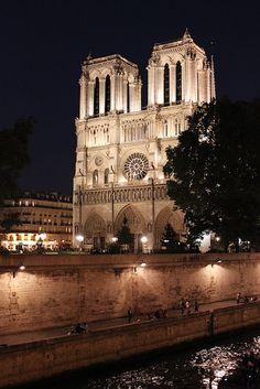 Notre-Dame Cathedral, West front, Paris, France Copyright: Eric Daniels