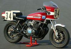 http://www.classic-japanese-bikes.com/Suzuki-GS-1000.html