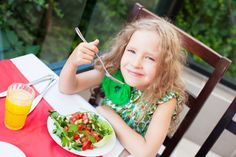 How to Raise a #Vegetarian #Kid http://www.organicauthority.com/how-to-support-and-feed-your-vegetarian-kid/ #family #cooking #vegan