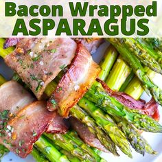 Bacon Wrapped Asparagus Recipe Bacon Wrapped Asparagus is a low-carb, keto, and healthy side dish recipe that is great for weeknight dinners or as a Thanksgiving Day veget Best Asparagus Recipe, Grilled Asparagus Recipes, Baked Asparagus, Asparagus On The Grill, Meals With Asparagus, How To Make Asparagus, Grilled Vegetable Recipes, Parmesan Asparagus, Healthy Side Dishes