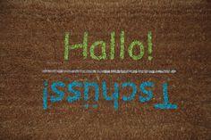 Fußmatten - Kokos-Fußmatte Hallo! - Tschüss! - ein Designerstück von kreativherzberlin bei DaWanda