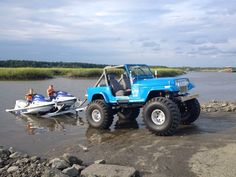 Fun times in the water and on land. Jeep Cj7, Jeep Wrangler Yj, Badass Jeep, Cool Jeeps, Jeep Accessories, Jeep Truck, Jeep Life, Off Road, Dream Cars