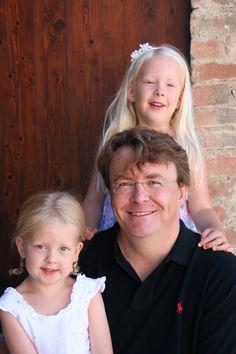 Friso met zijn dochters