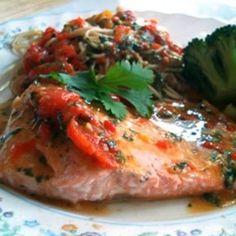 Red Pepper-Salmon Pasta - Yummyship